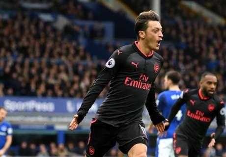 Wenger explica por que Özil impressionou diante do Everton