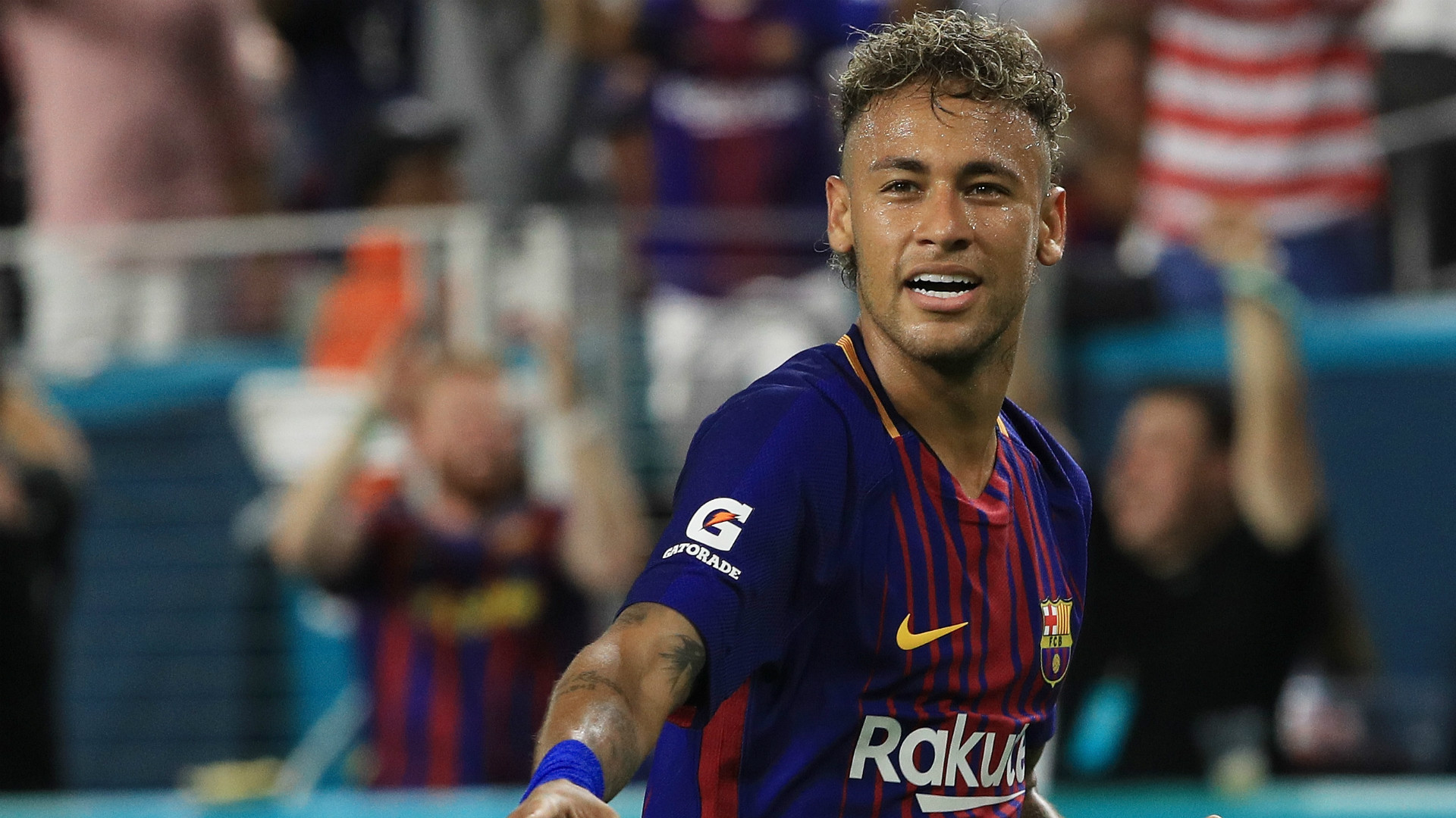 PSG must pay €222m, Barca tell Neymar