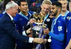 Riyad Mahrez (r.) feierte 2016 gemeinsam mit Claudio Ranieri den Meistertitel