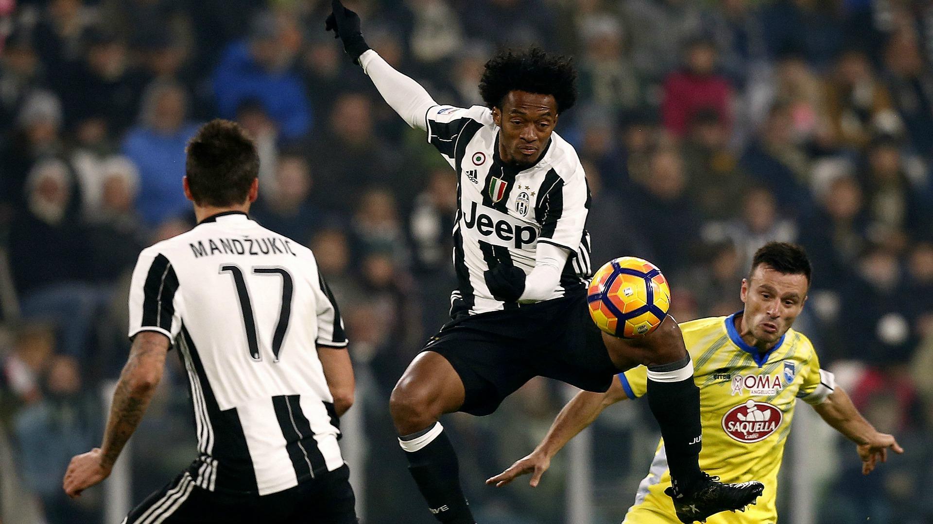 Serie A: la giostra riparte, subito Napoli e Juventus