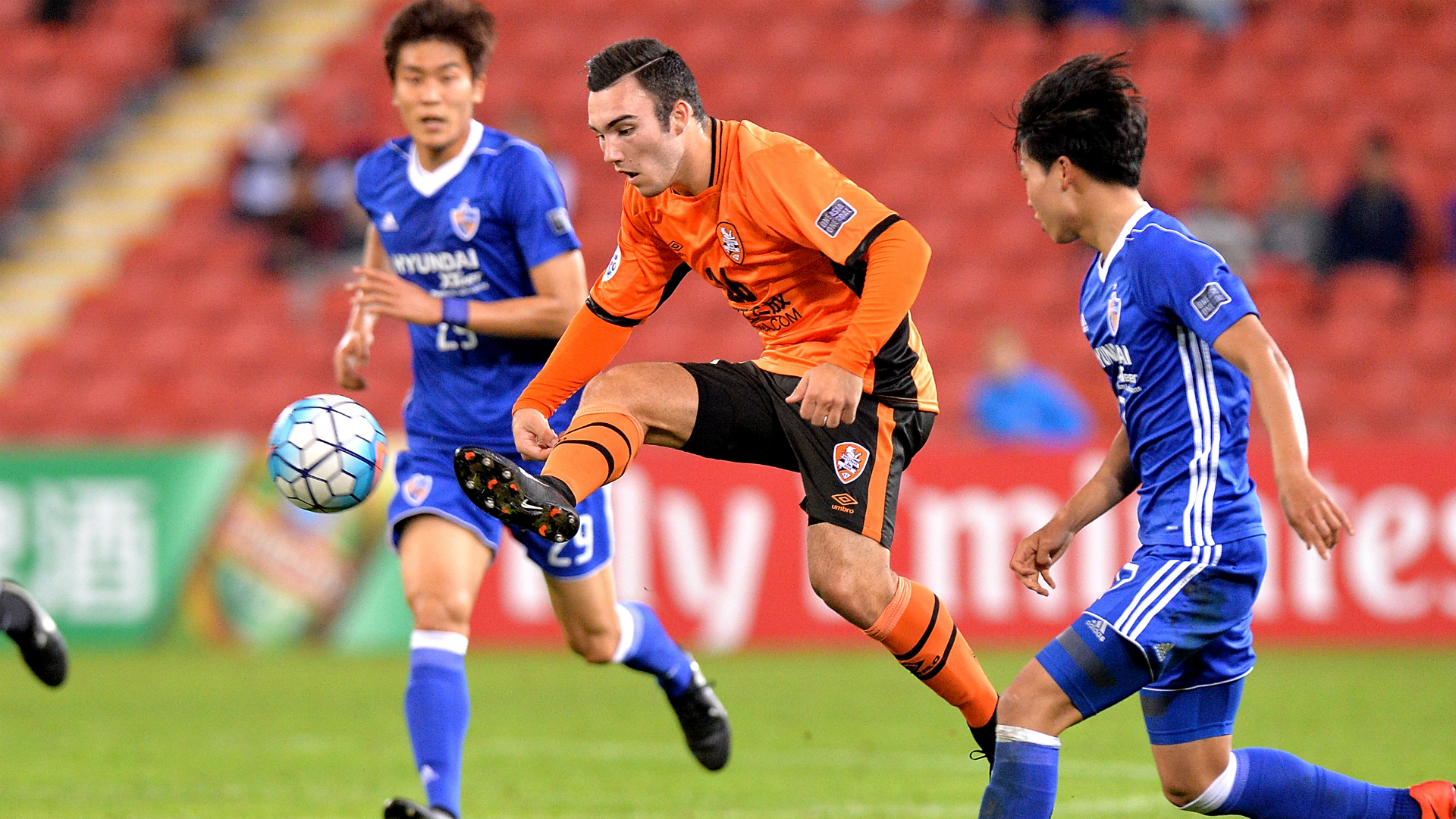 Nick D'Agostino Brisbane Roar v Ulsan AFC Champions League 100502017