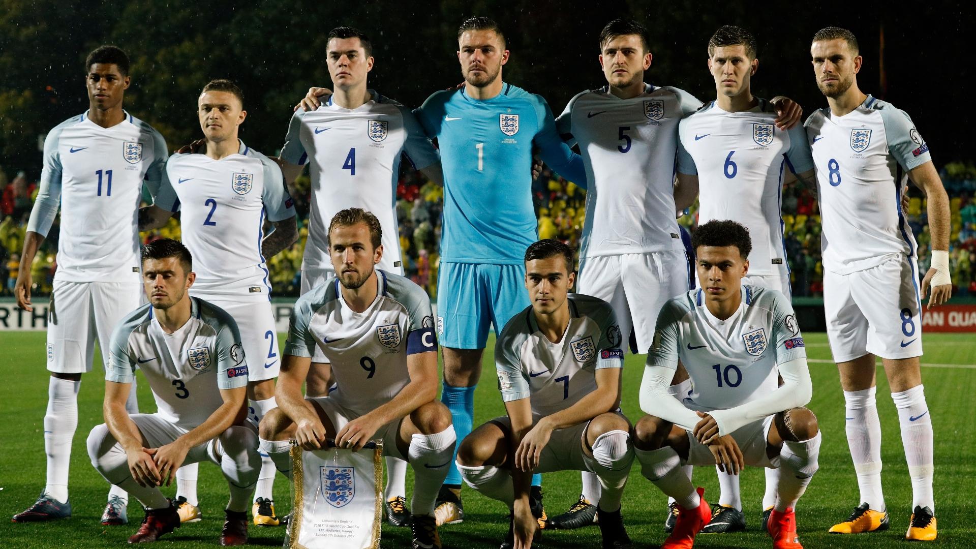 England-squad-photo_nydjmhejoync1j6e28e9hjq37