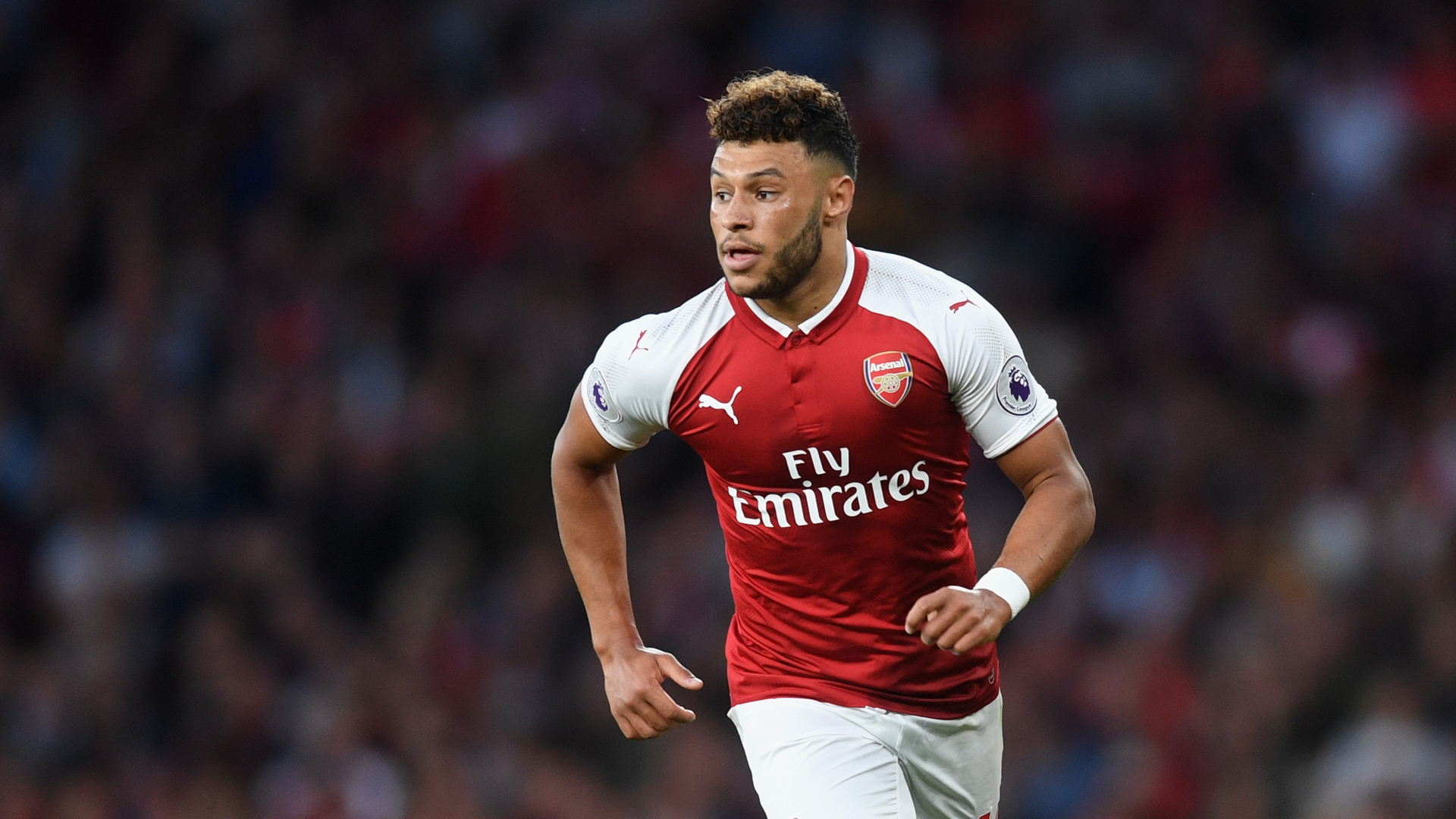 http://images.performgroup.com/di/library/GOAL/a8/9/alex-oxlade-chamberlain_fcrky4r3xe3w1i5g85odzve63.png?t=766391606