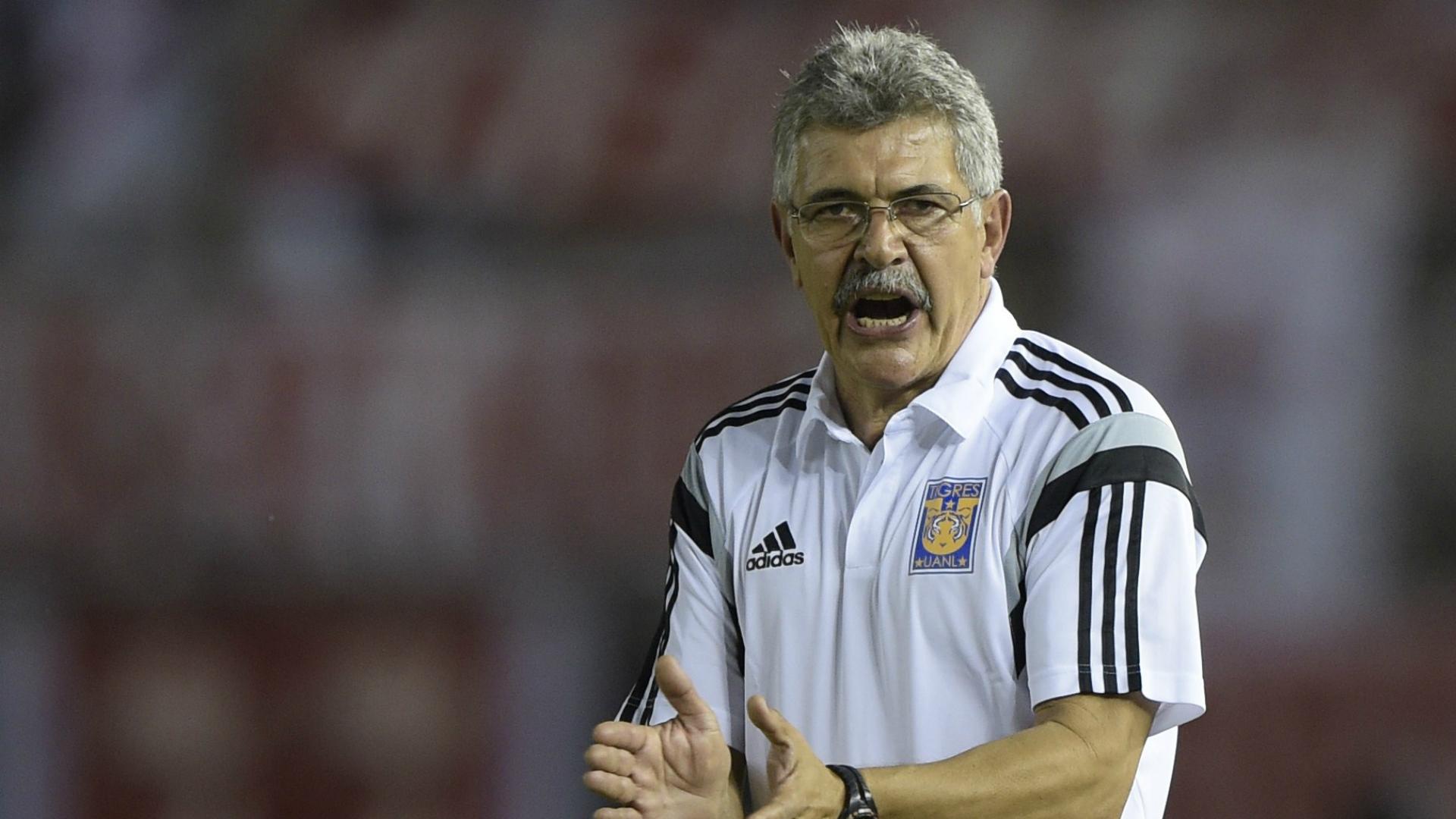 'Piojo' Herrera sigue guerra verbal con