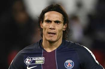 PSG still on the hunt for a striker, says Emery