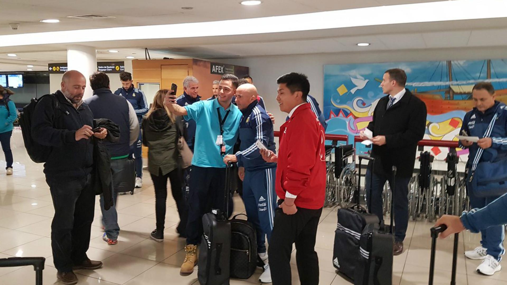 Sampaoli dirige su primera práctica al mando de Argentina