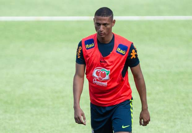 Richarlison and Arthur set for Brazil starts