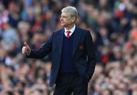 Wenger rejected 'every club' to stay put