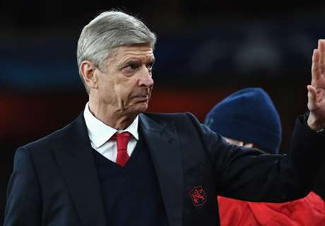 'Wenger told me he's staying'