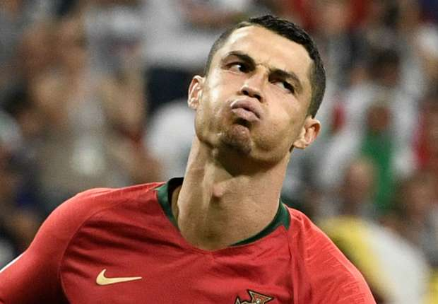 ee00f1f84 Video  Cristiano Ronaldo transfer - Real Madrid star agrees €120m Juventus  contract