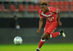 Lebo Mothiba - Valenciennes (France) | The striker and his team-mates were beaten 1-0 by Le Havre in a French Ligue 2 match on Friday. The 21-year-old marksman played the full 90 minutes and he has now featured in four league games - scoring once in th...