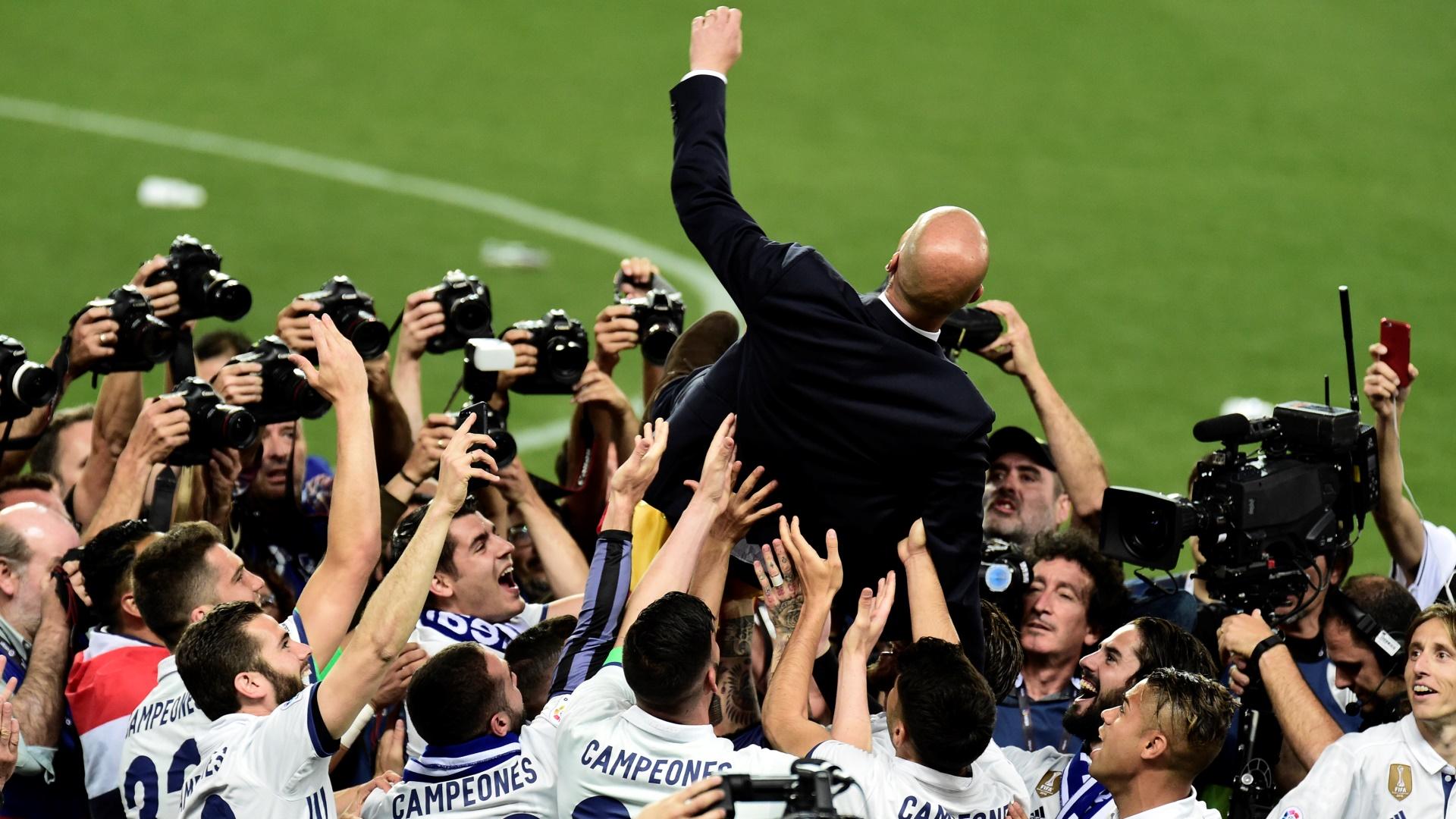 Zinédine Zidane et le Real Madrid champions d'Espagne — Liga