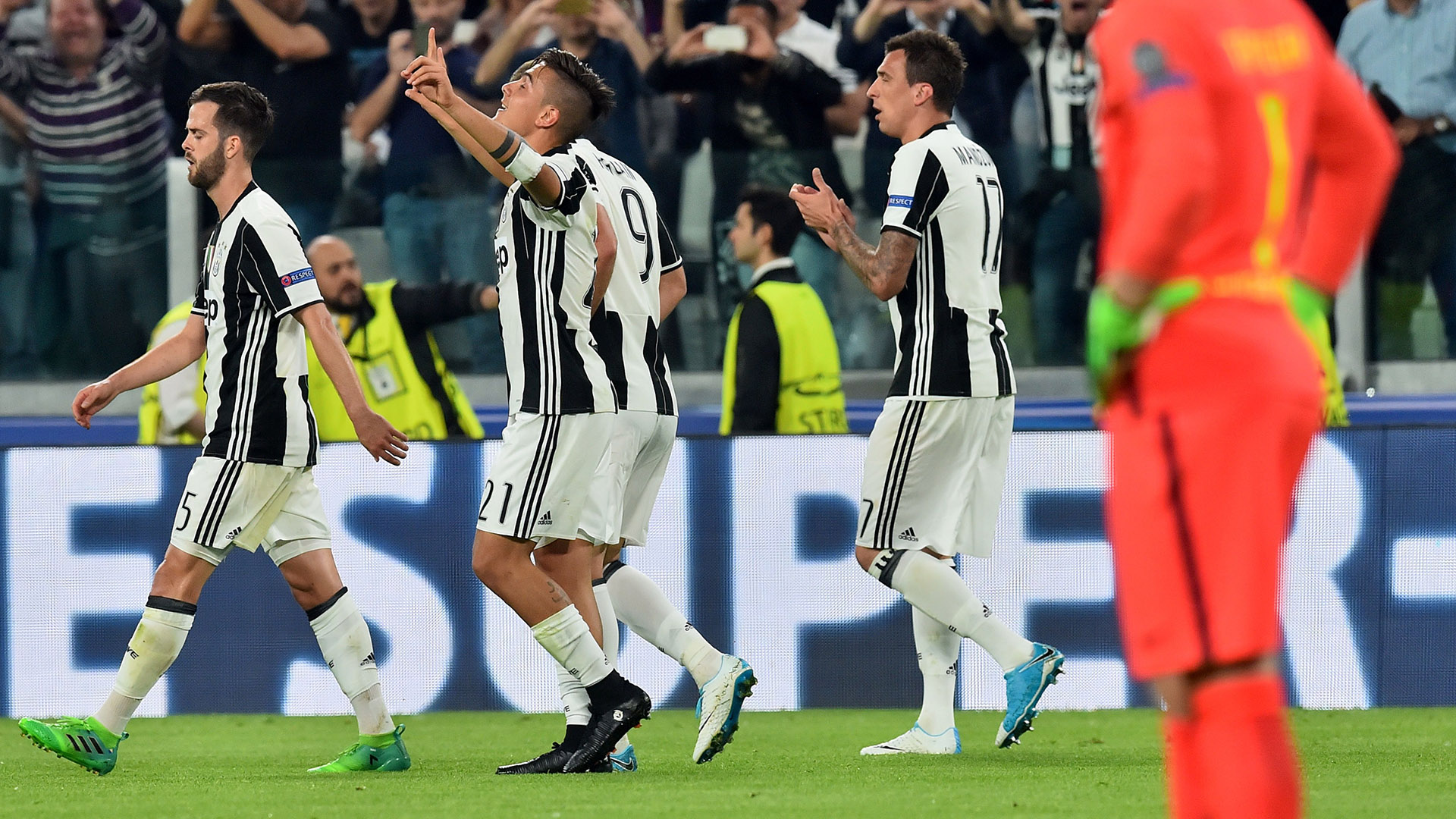 Paulo Dybala Juventus Barcellona Champions League
