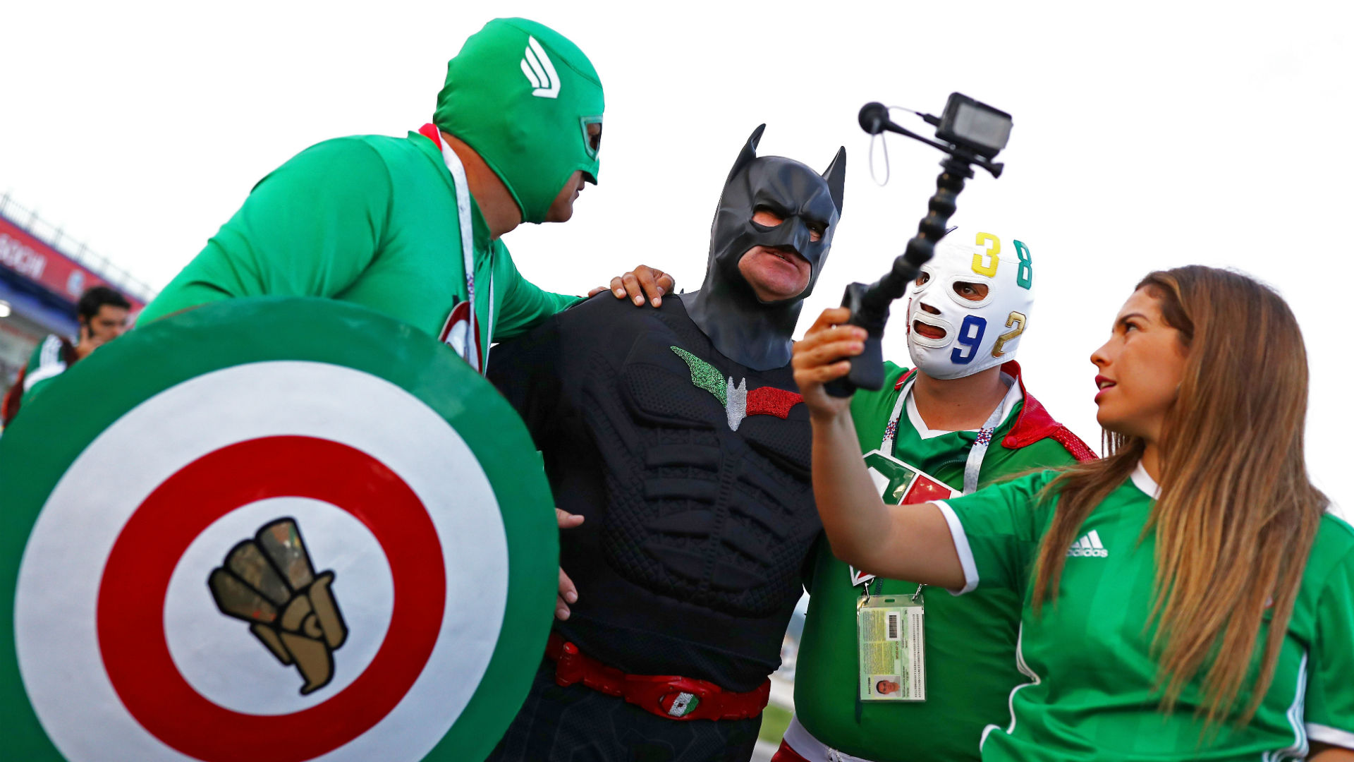Mexico fans in Sochi - 21062017