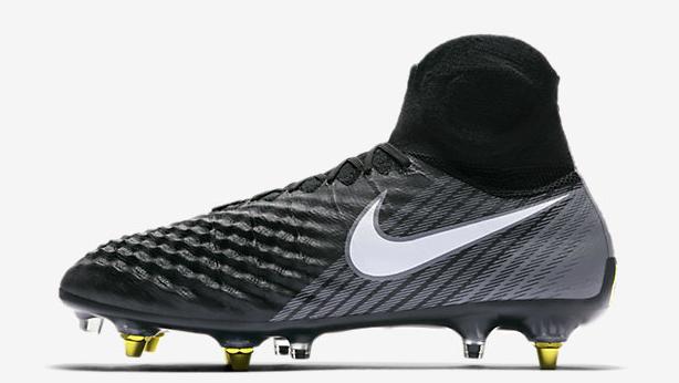 Nike Obra