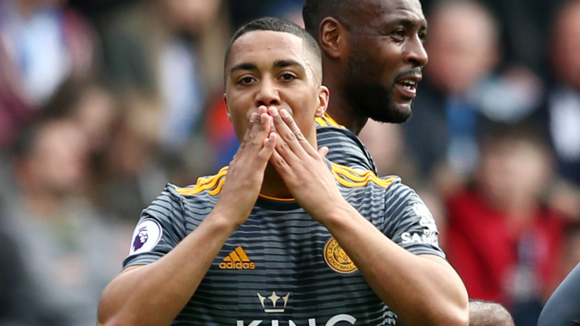 Tielemans returns to Leicester in club-record £40m deal