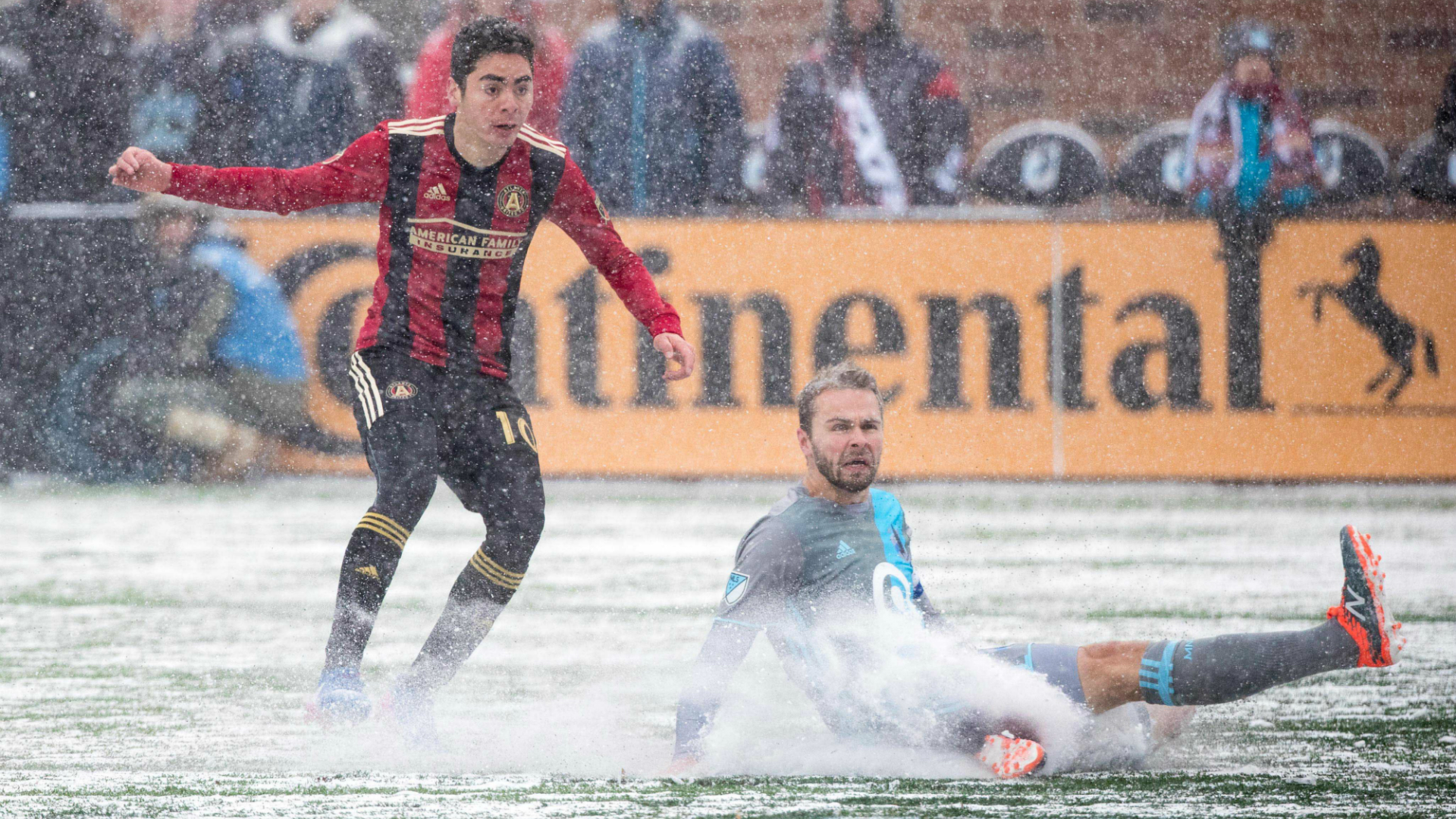 Miguel Almiron Vadim Demidov Atlanta United Minneosta United