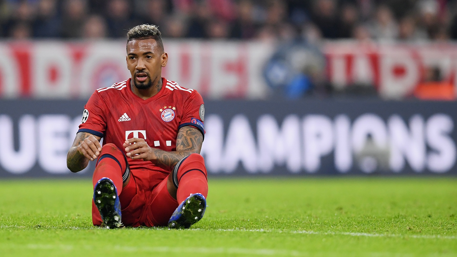 Alaba honoured by Barcelona link but expecting Bayern stay