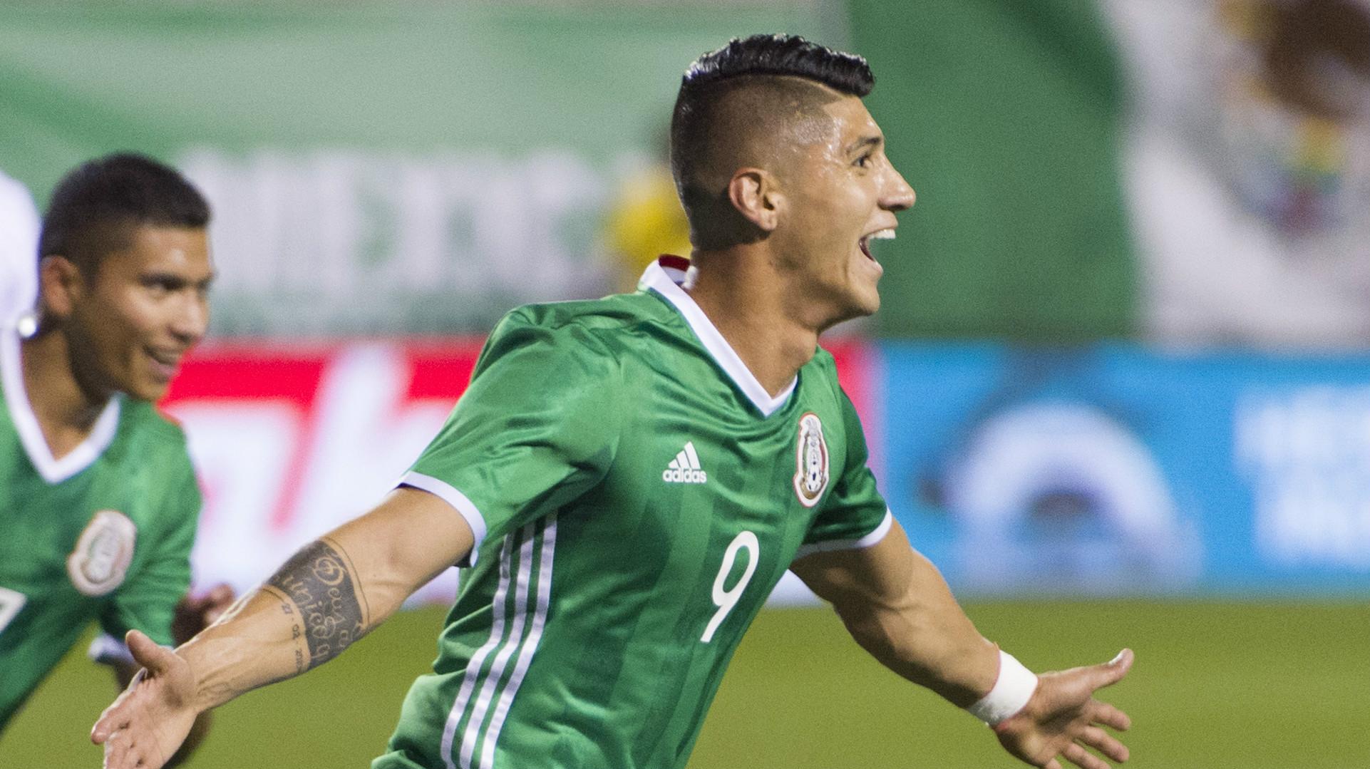 Alan Pulido Mexico