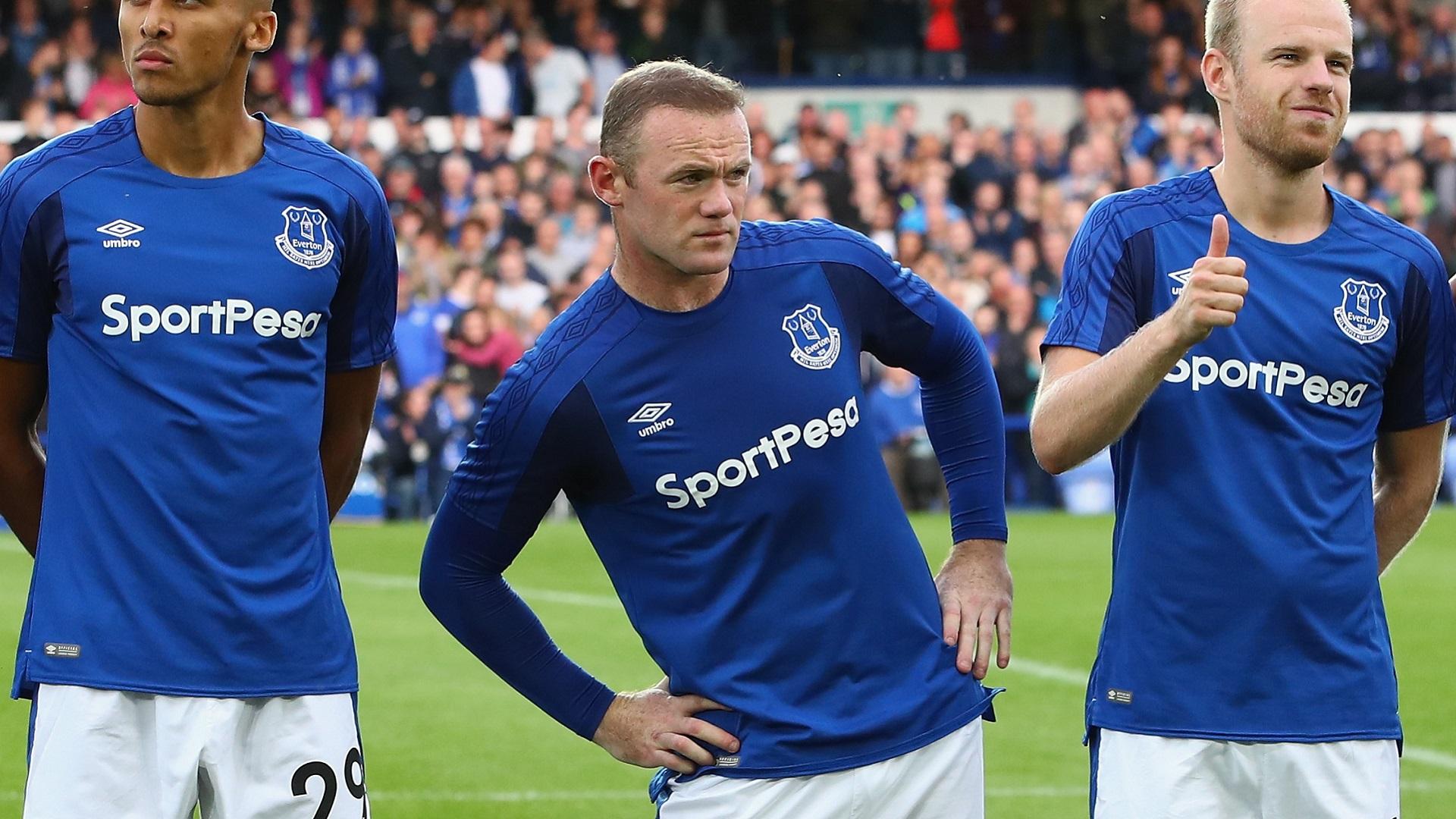 Mourinho estraga regresso de Rooney e segura liderança