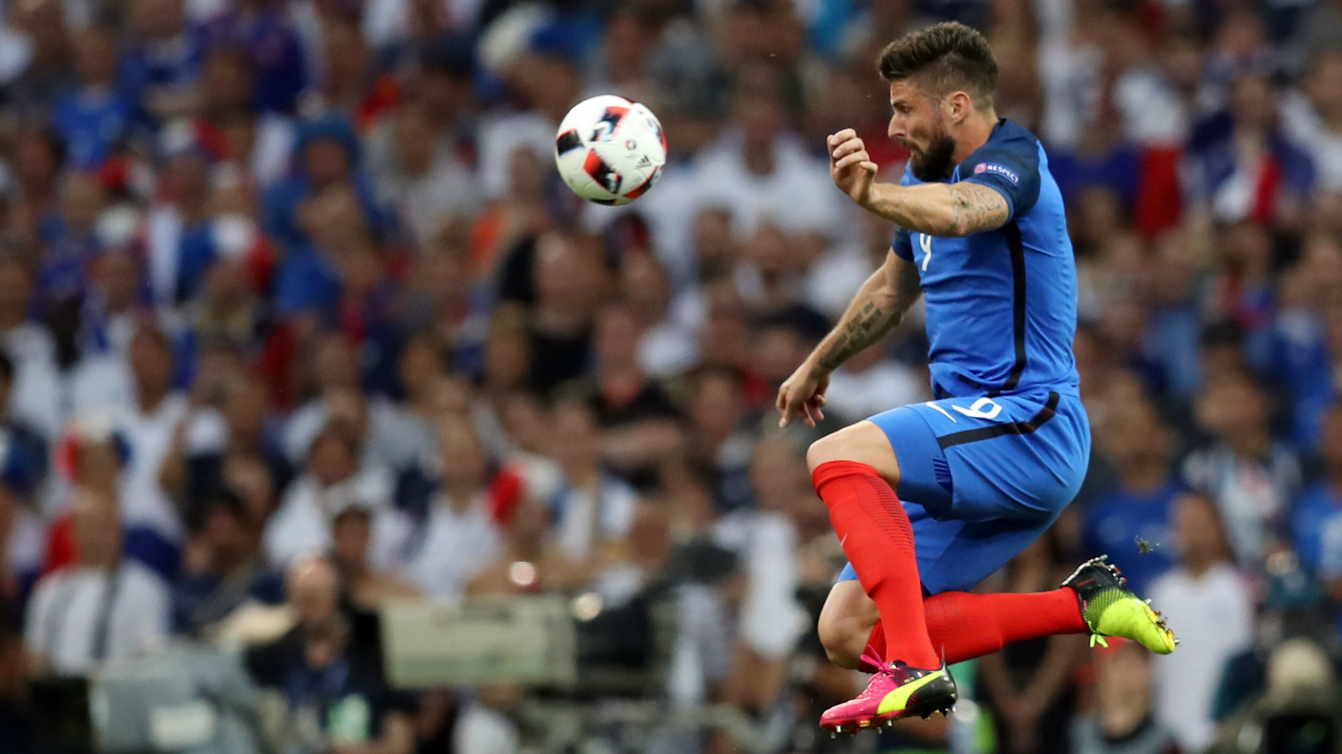 Giroud ne pense pas au Mondial 2018 — EdF