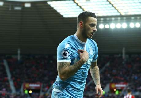 Stoke climb into top-half with Sunderland win