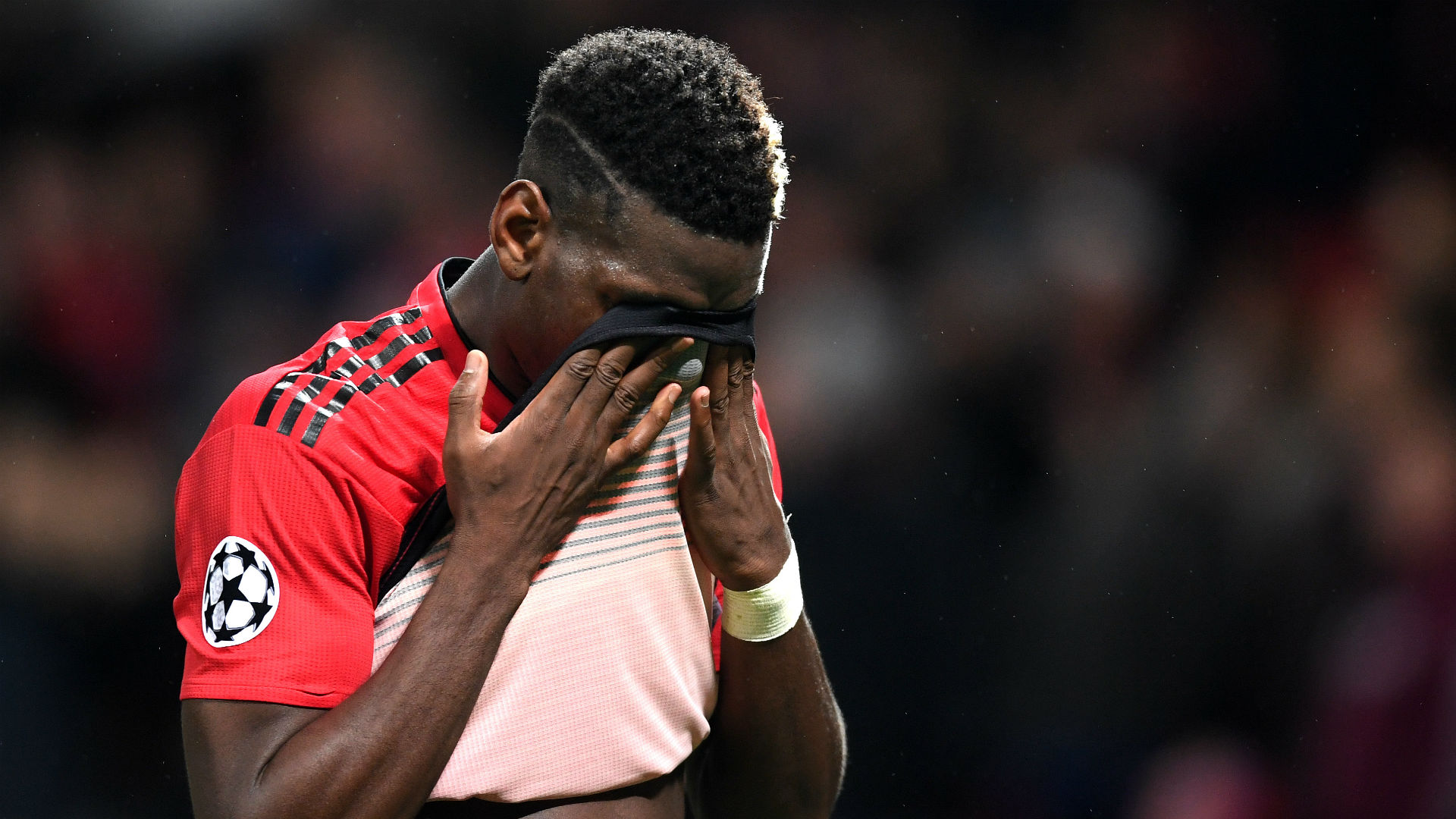 Paul Pogba: Man Utd midfielder takes 26-step penalty against Everton