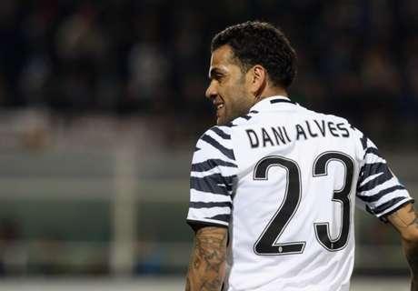 Alves dézingue les dirigeants du Barça
