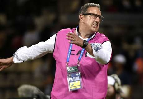 Leekens slams Algeria errors