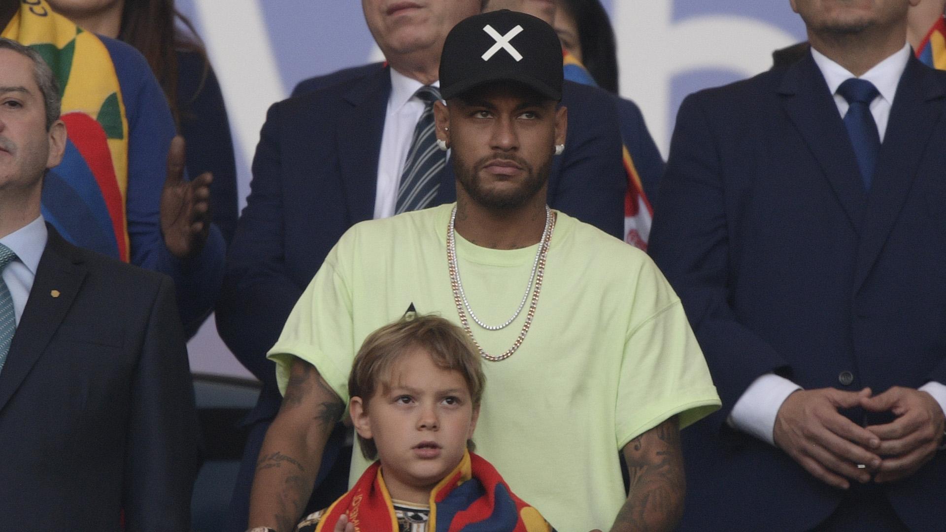 Neymar absent pour la reprise du PSG, Mbappé attendu