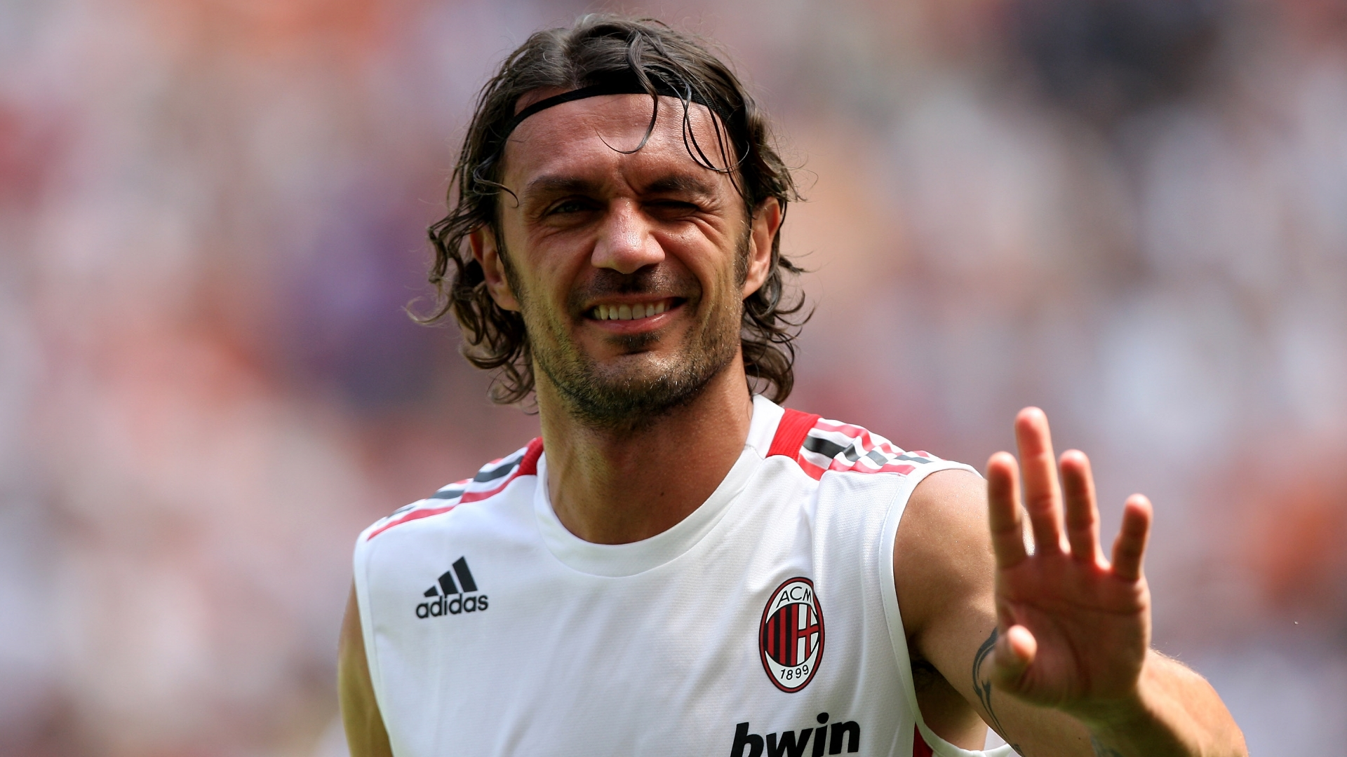 Paolo Maldini to star in Milan again - at tennis