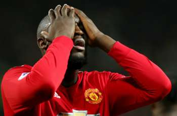 'With 55 staff supporting him?' - Neville struggling to understand why Lukaku feels overweight