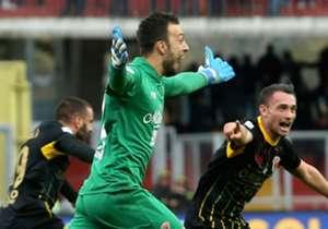 Alberto Brignoli kreeg zondag alle schijnwerpers op zich gericht door namens Benevento te scoren tegen AC Milan. Deze keepers gingen hem al voor.