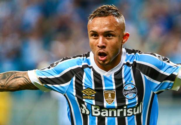 The evolution of a craque - Meet Everton, the Gremio star catching Brazil coach Tite's eye
