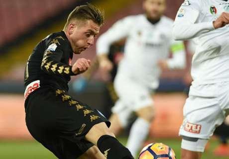 Napoli eenvoudig naar kwartfinales