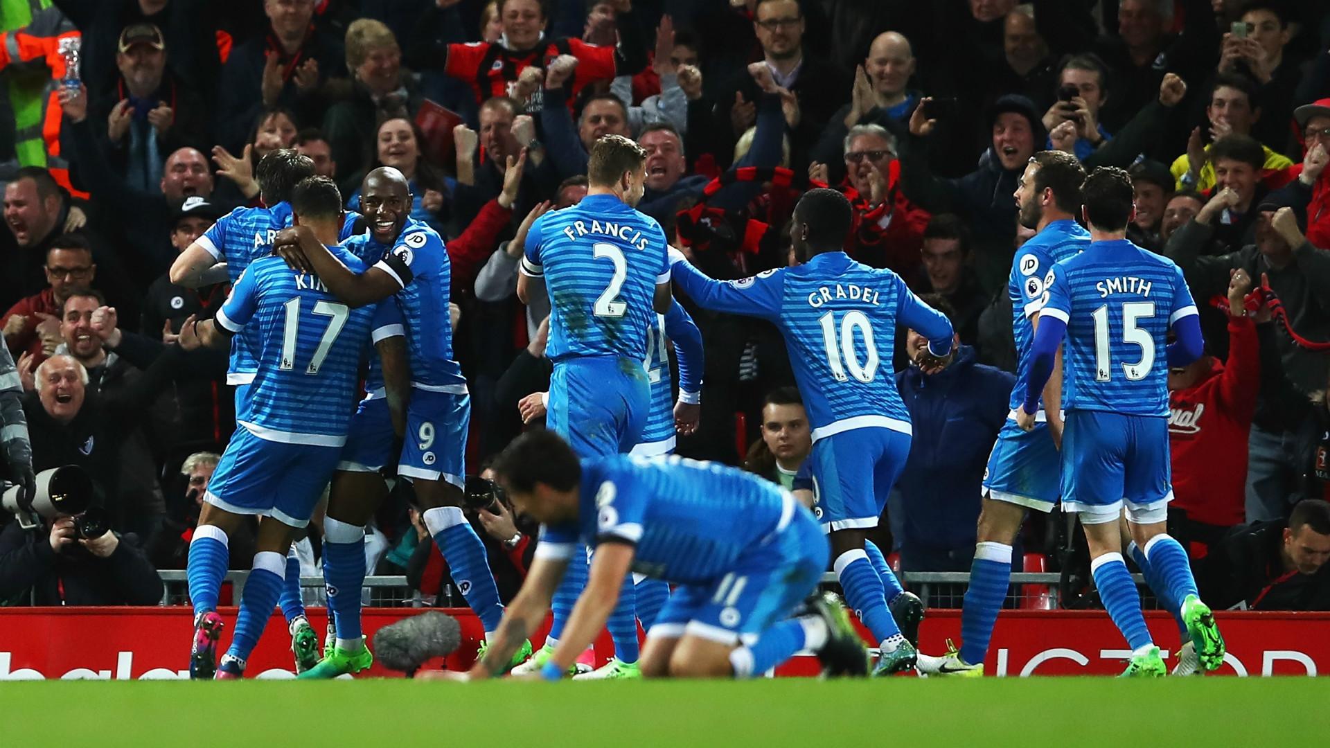 Coutinho, Firmino inspire Liverpool comeback over Stoke