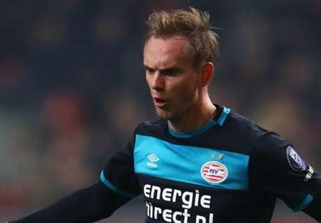 De Jong wants chance in PL