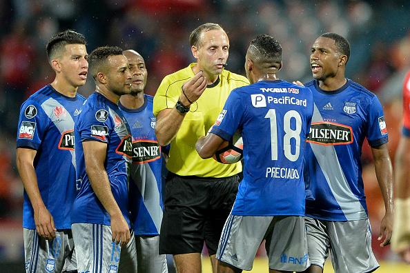 Copa Libertadores árbitro Emelec