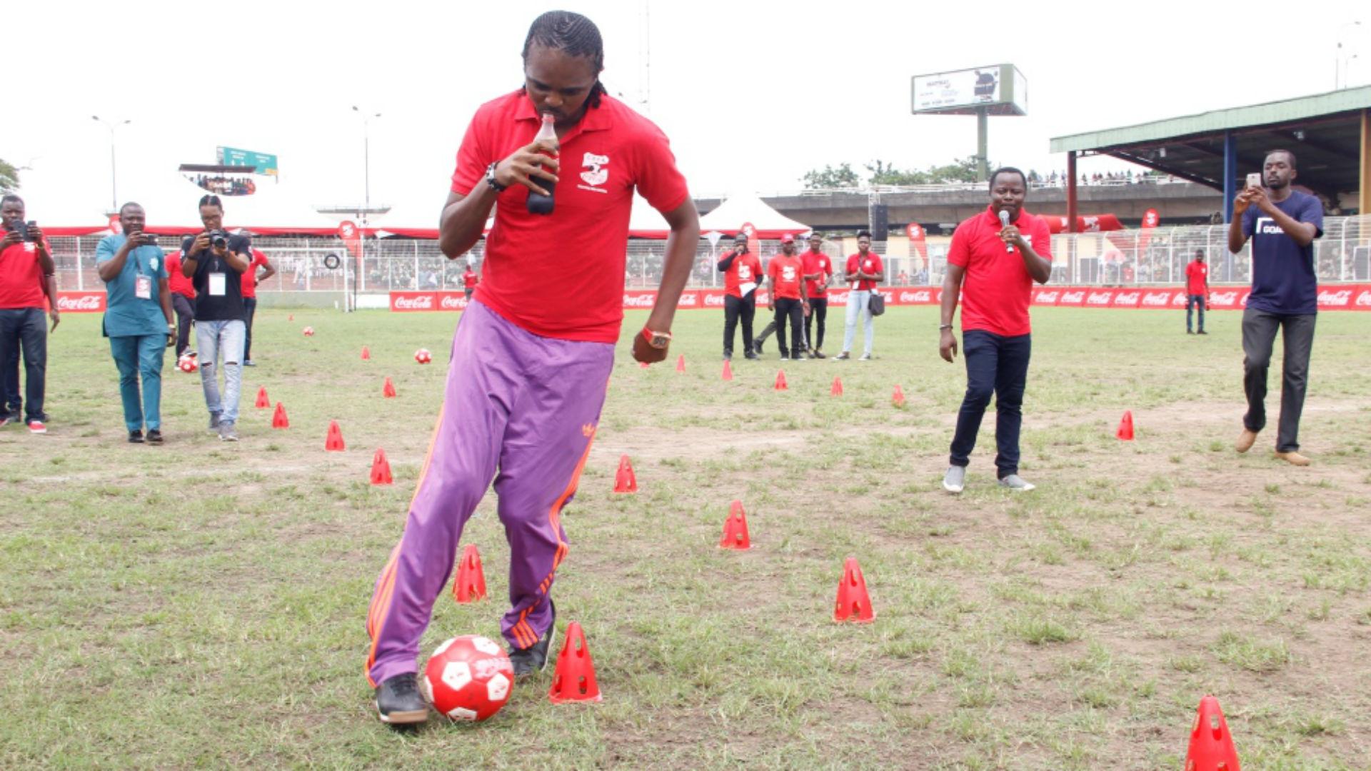 Kanu Nwankwo showing skills during Dare The COPA legends Stunt