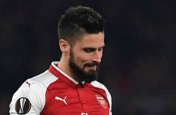 Giroud may need to leave Arsenal to pursue World Cup dream – France assistant boss