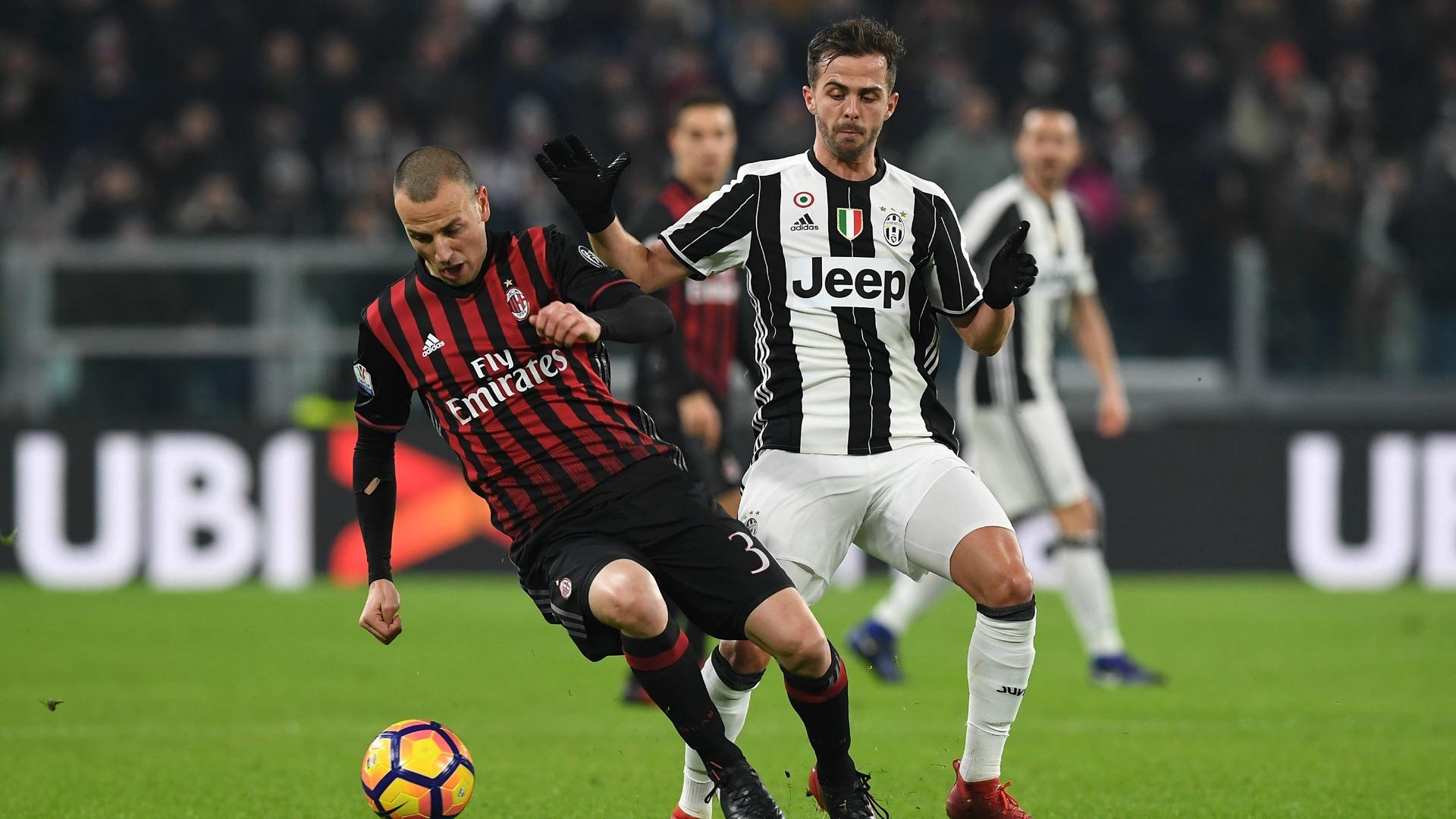 Miralem Pjanic Luca Antonelli Juventus Milan