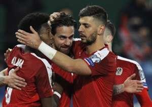 David Alaba (l. im Bild) und Thiago zaubern, Lewandowski trifft traumhaft. Goal blickt auf die zehn Stars des FC Bayern, die mit ihren Nationalteams unterwegs waren.