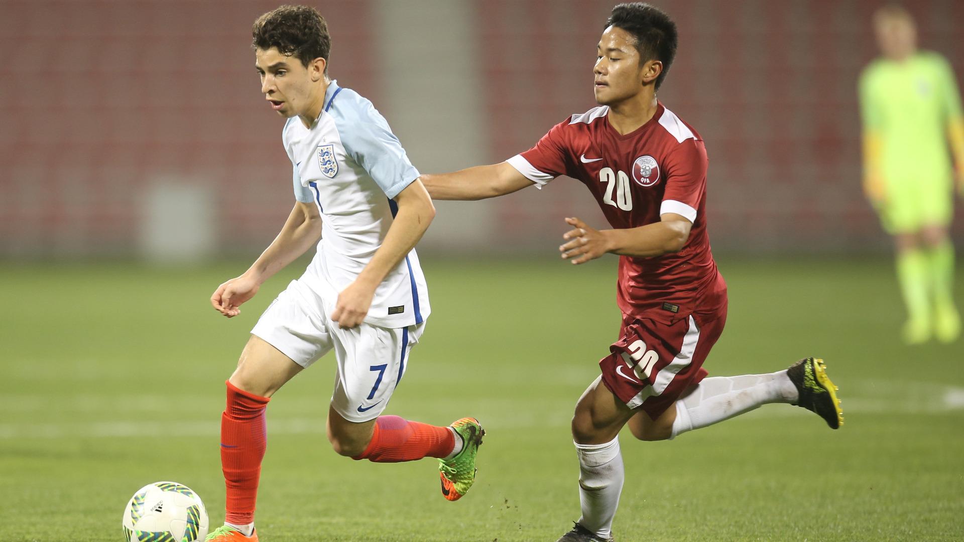 Samuel Shashoua & Andri Syahputra - Inggris U-18 & Qatar U-18