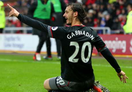 Gabbiadini sends Saints soaring