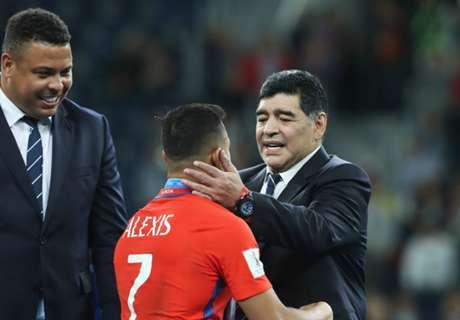 Alexis recordó a Maradona y Ronaldo