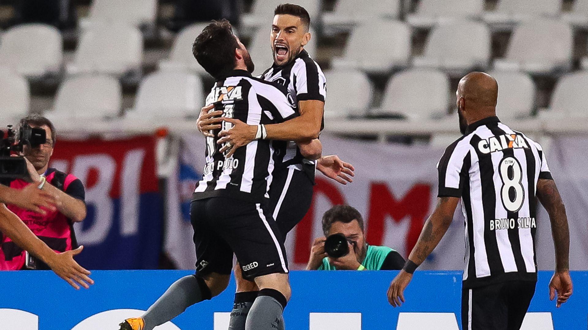 Rodrigo Pimpao Botafogo Nacional Montevideo Libertadores 10082017