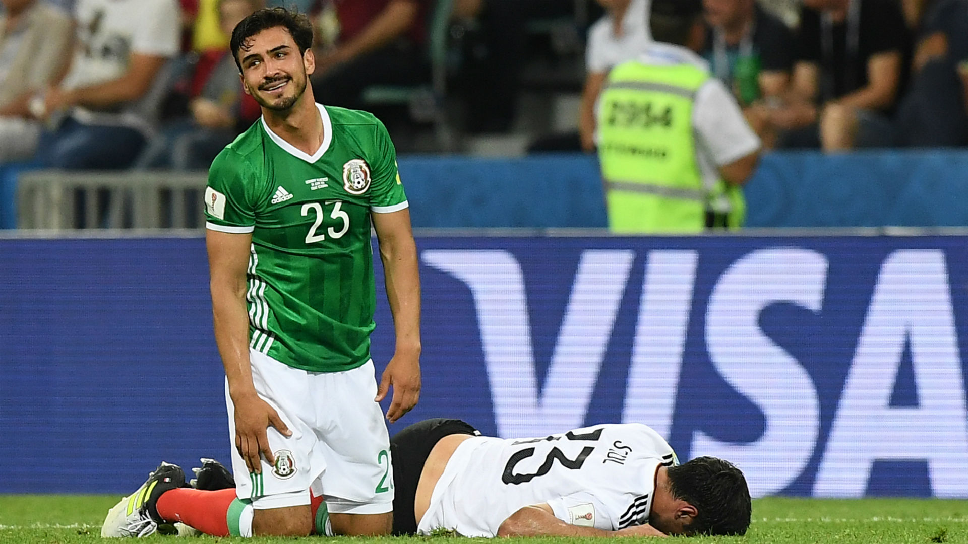 Oswaldo Alanis Lars Stindl Mexico Germany Confederations Cup