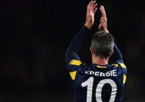 Büyük umutlarla geldi, büyük hayâl kırıklıklarıyla ayrıldı. Robin van Persie'nin Fenerbahçe kariyerine fotoğraflarla bakış...