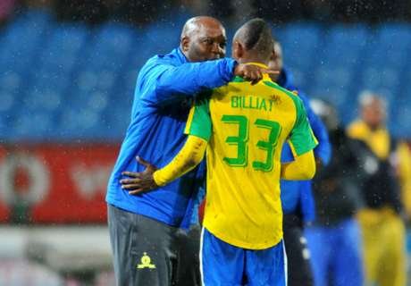Downs begin contract talks with Billiat