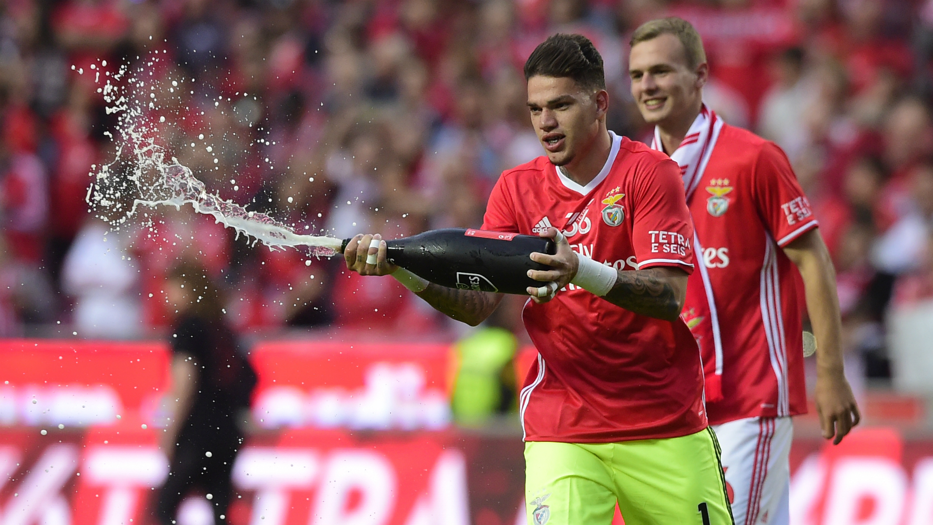 Benfica star Ederson hints at Manchester City move